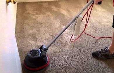 Wet Carpet Cleaning and Drying Round Mountain